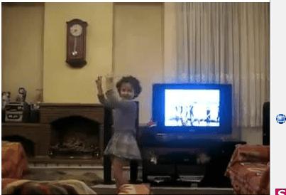 رقص فوق العاده زیبا و بامزه ی یه دختر کوچولوی گیلکی